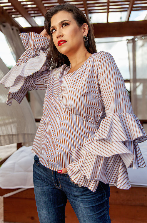 Layer Sleeves 'IT' Top - Available at Celizzione.com