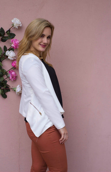 Lightweight woven Low-High Blazer - Available at Celizzione.com