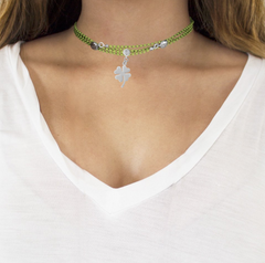 UNO Magnetic Jewelry - Lime Chain & Clover Charm