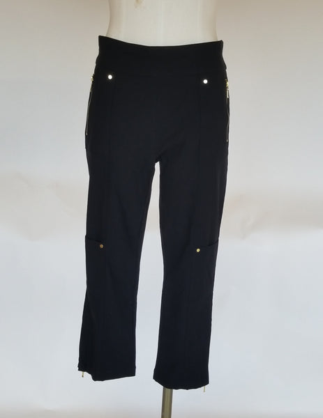 Chicos Zenergy Zip Detail Crop Pant
