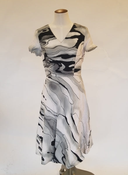 Carolina Herrera Marble Print Dress