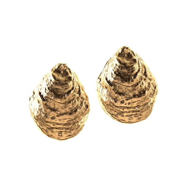 Oyster Shell Earrings in Gold