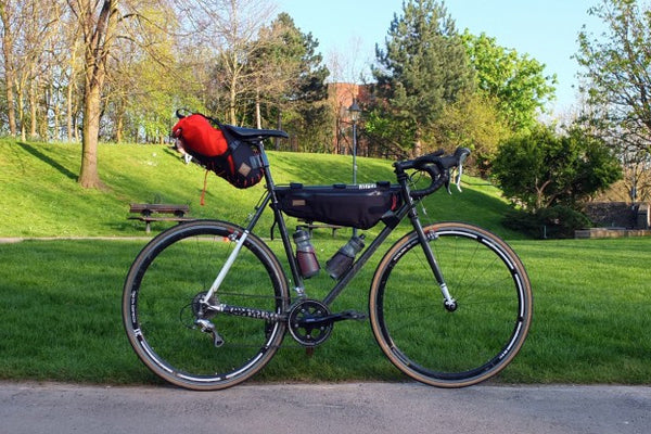 Dropouts Cycling Club All-Road with #CarryEverything Saddle & Frame bag
