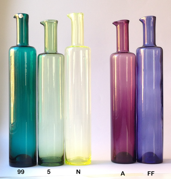 Nanny Still vase / bottle (N), light, intense lemon