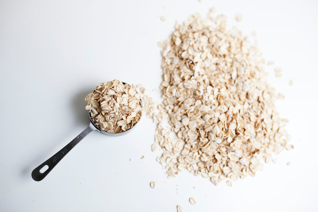 Oats are quick and easy to prepare food for beard growth