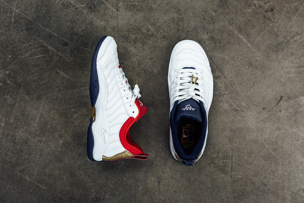 Nike Air Oscillate / Available Now