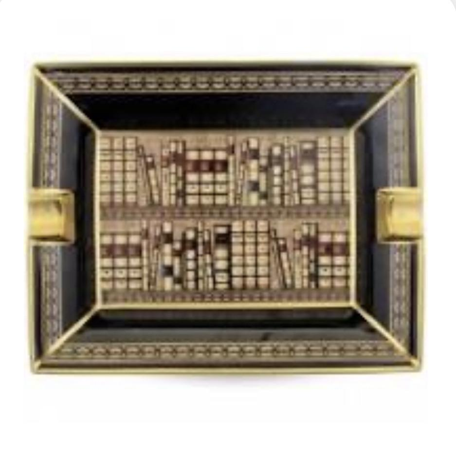 Halcyon Days Library Ashtray in Black and Gold-Ash Tray-Sterling-and-Burke