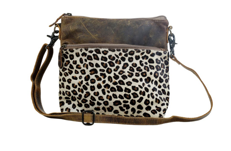 Leather and hair on leopard bag