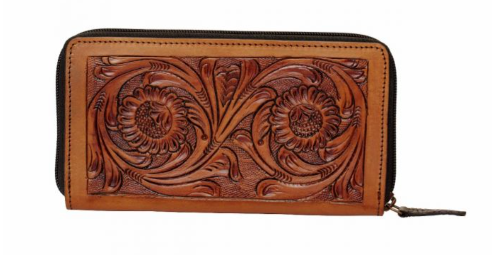 Leather wallet with embroidered design