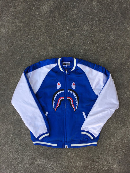SOUVENIR SHARK JACKET (BLUE)