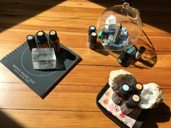 3 Essential Oil Combinations for Artists