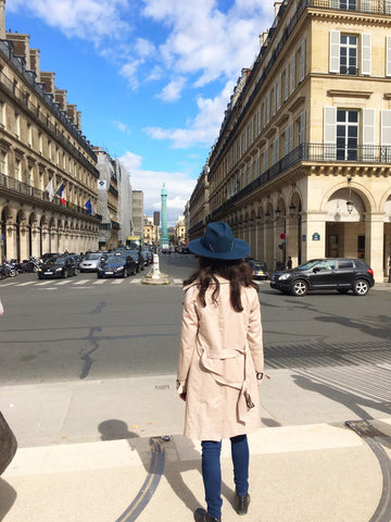 Artesano hats - Place de Vosges, Paris