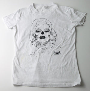 Bella Muertes - Marilyn Short Sleeve T-shirt