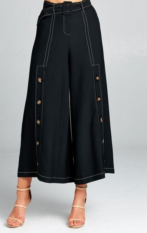 COOL in Wide-Leg Culottes