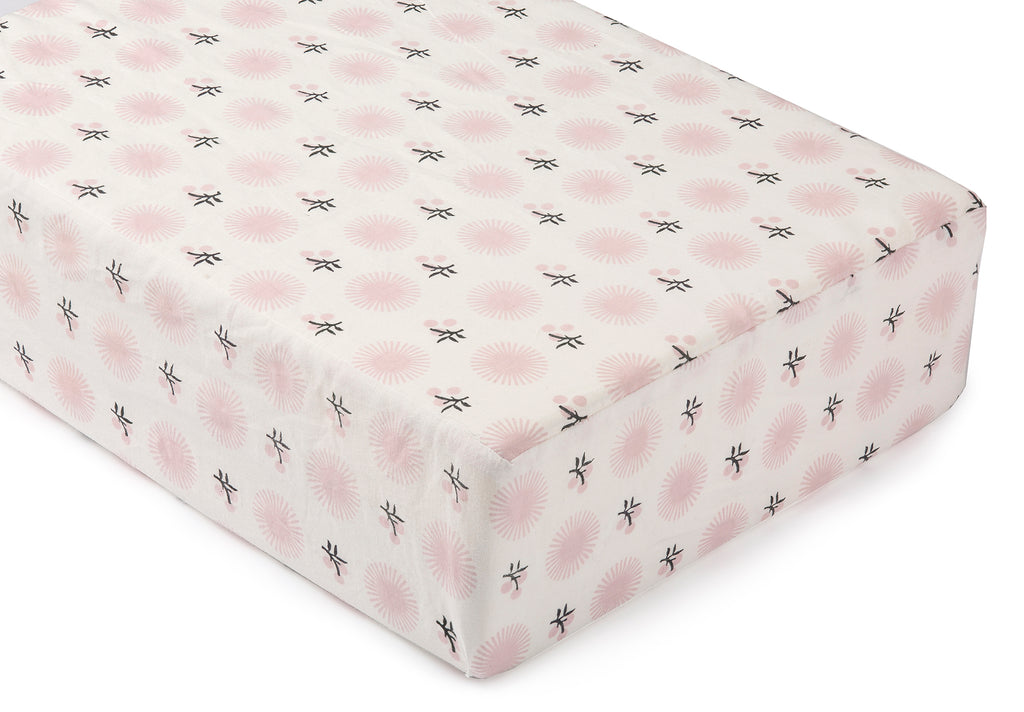 Pink Chunni Flower Crib Sheet