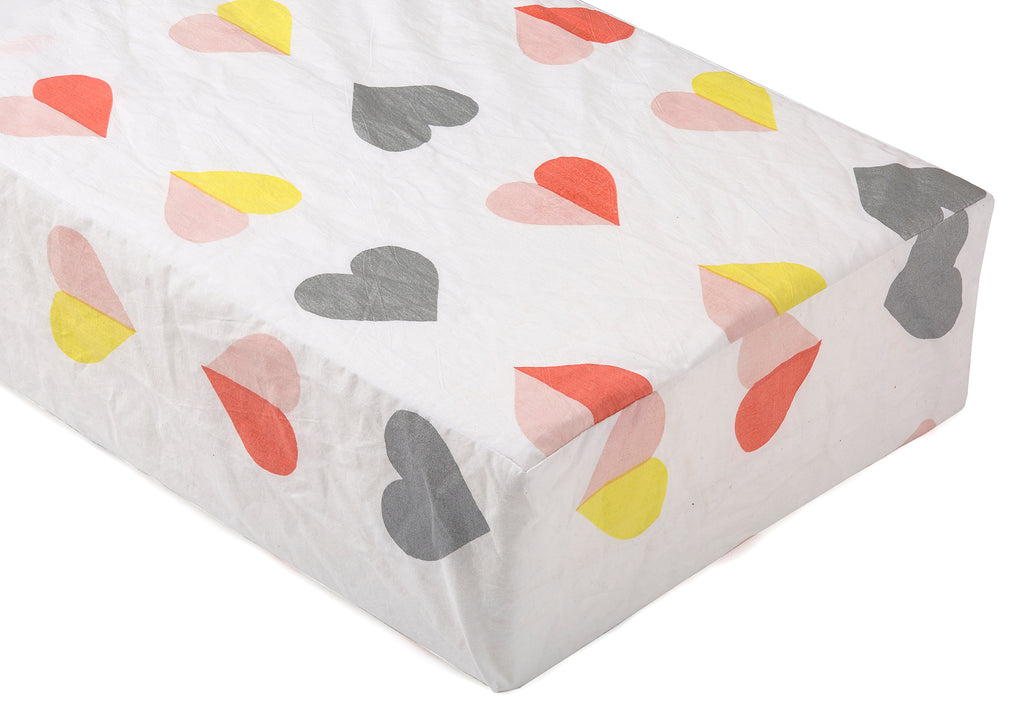 LIL' PYAR HEARTS CRIB SHEET