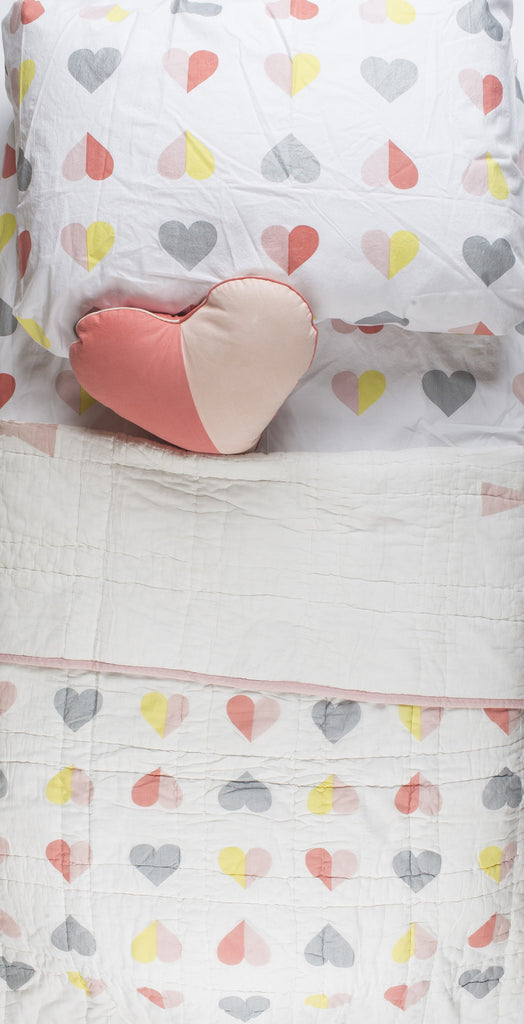 Hearts Twin Bedding Set