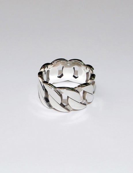 SASKIA DIEZ - Grand Ring No2