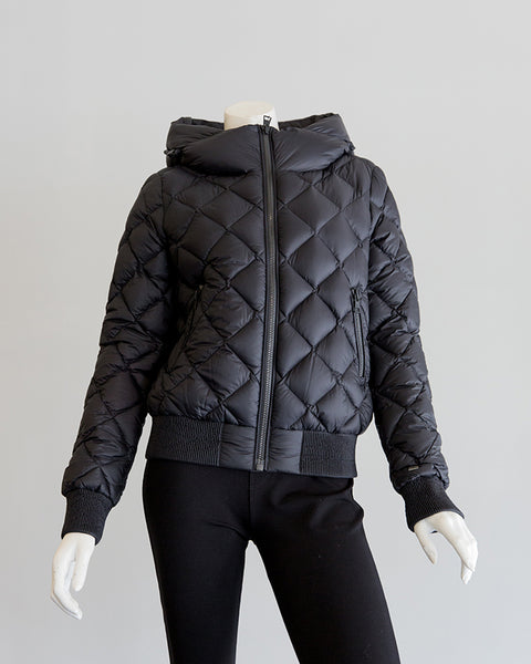 Soia and Kyo Senna Lightweight Down Jacket w/ Quilting in Black