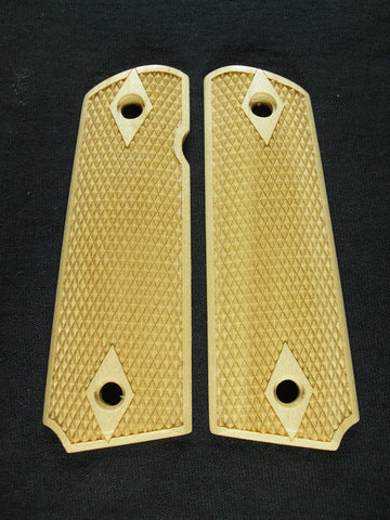 Double Diamond Coarse Checker Maple 1911 Grips (Full Size)