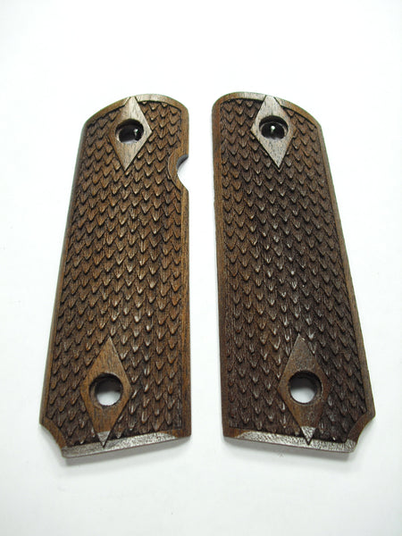 Dragon Scale Walnut 1911 Grips (Compact)