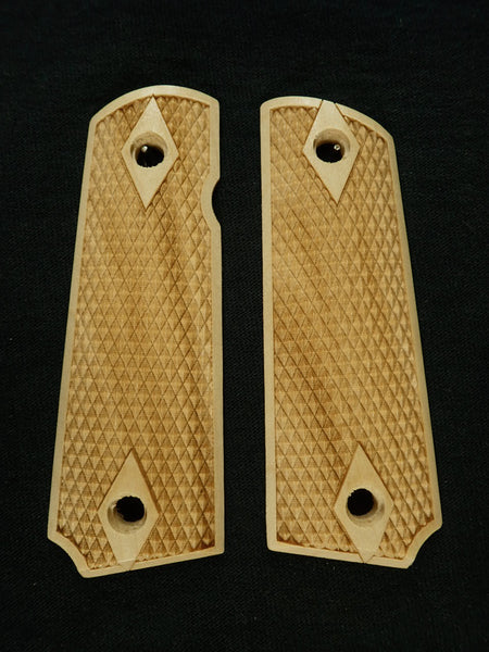 Double Diamond Checker Maple Browning 1911- 22/380 Grips