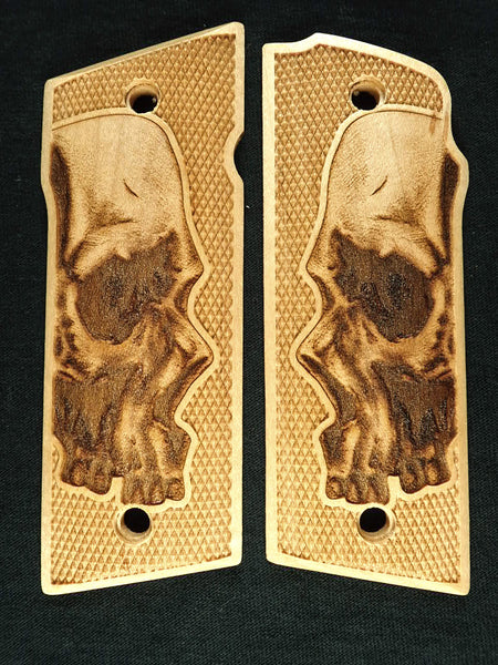 Maple Skull Coonan .357 Grips