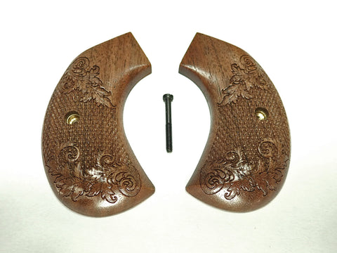 Checkered Floral Walnut Ruger Vaquero Birdshead Grips Engraved Textured