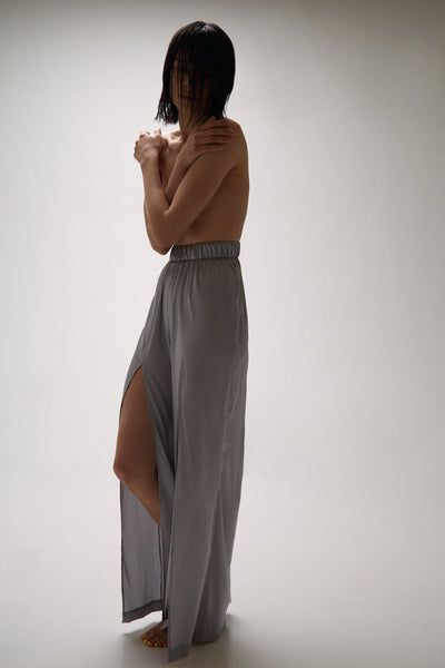 Column&Costume - Silk Trousers Light Grey