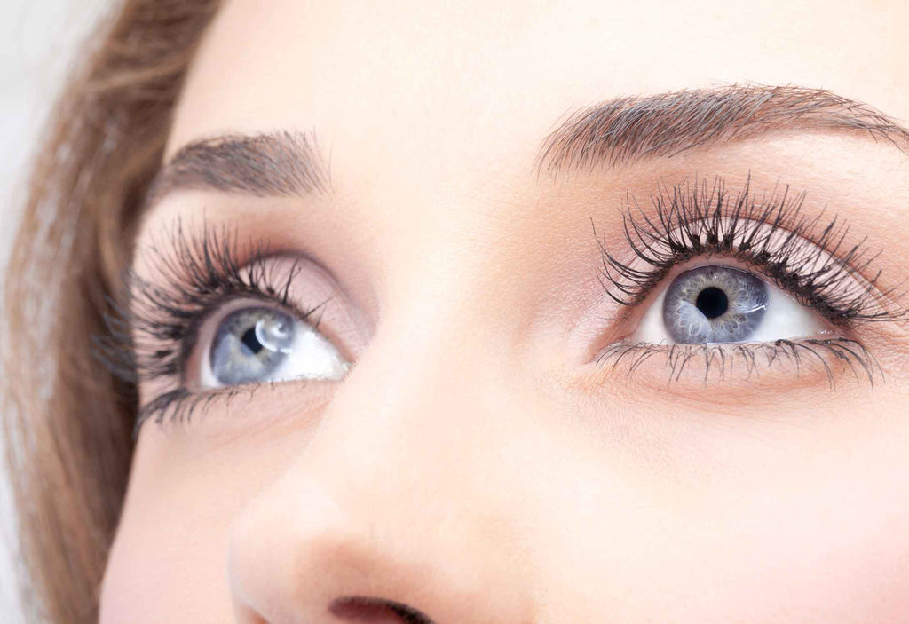4 Things You Should Be Doing To Promote Eyelash Health Growth