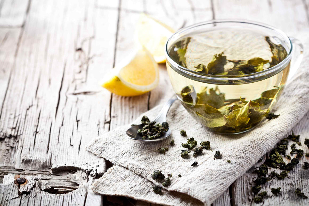 how-to-detox-your-skin-with-tea-rain-lillie