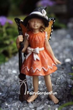 Fairy Garden  Fairy Claire Halloween With With Butterfly Wings - Fairy Garden Fun