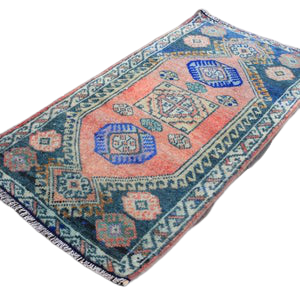 Mini Turkish Rug 1.5 x 2.7