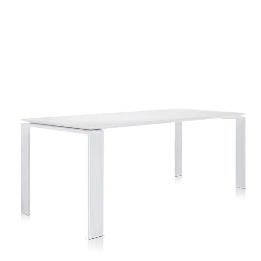 four table -outdoor