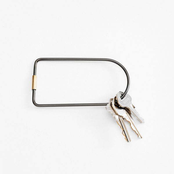 contour key ring: black bend
