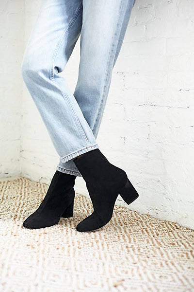 Cecile Ankle Boot // Black