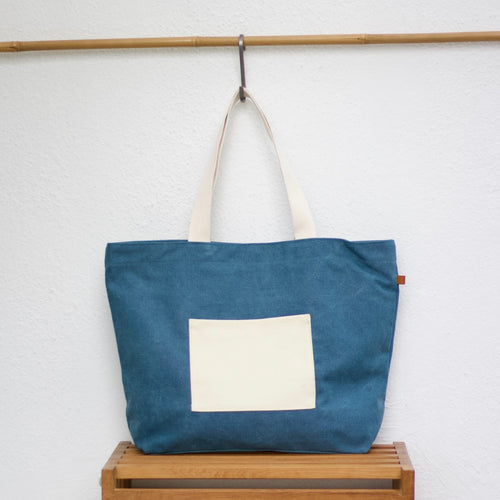 Beach Bag - Blue / Golden Skulls