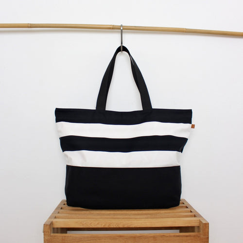 Beach Bag - Stripes / Feathers
