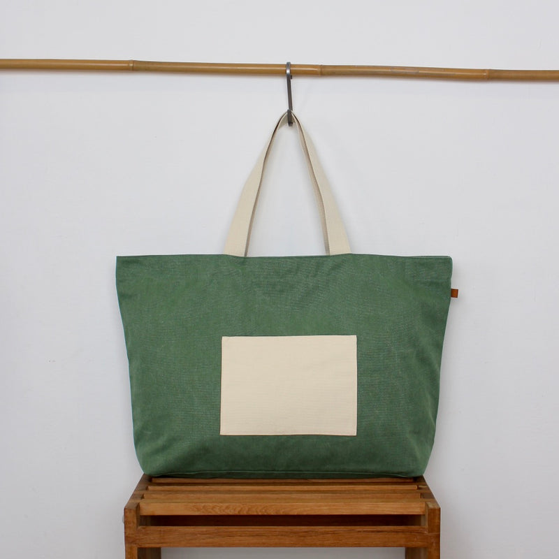 Beach Bag XL - Green / Feathers