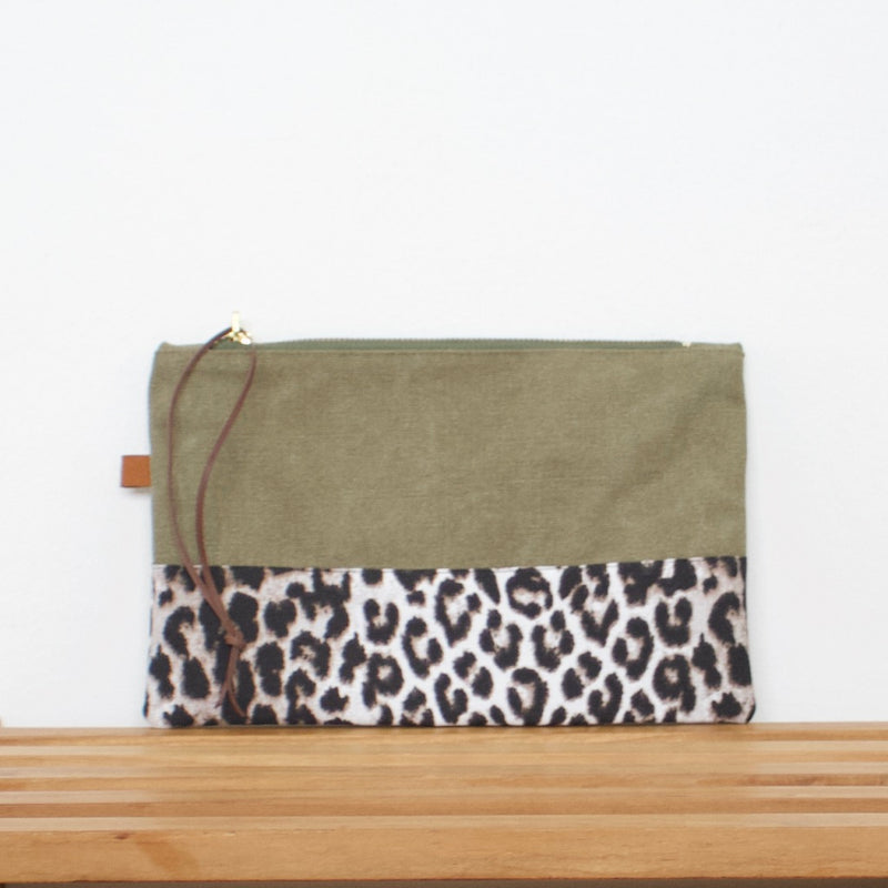 Pouch - Army / Leopard snow