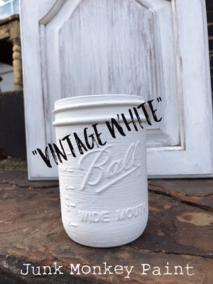 Junk Monkey Paint - Vintage White (16 OZ Pint Can)