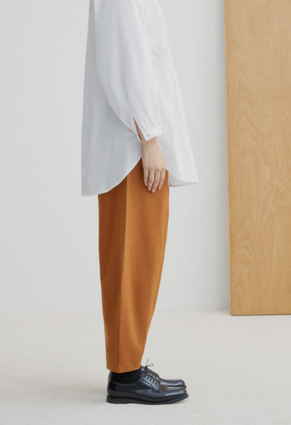 Kowtow Sculptor Pant - Brass Denim - nat + sus