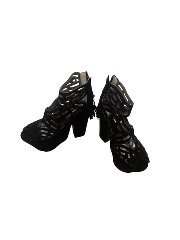 MICHAEL ANTONIO Black Wedge Sandals