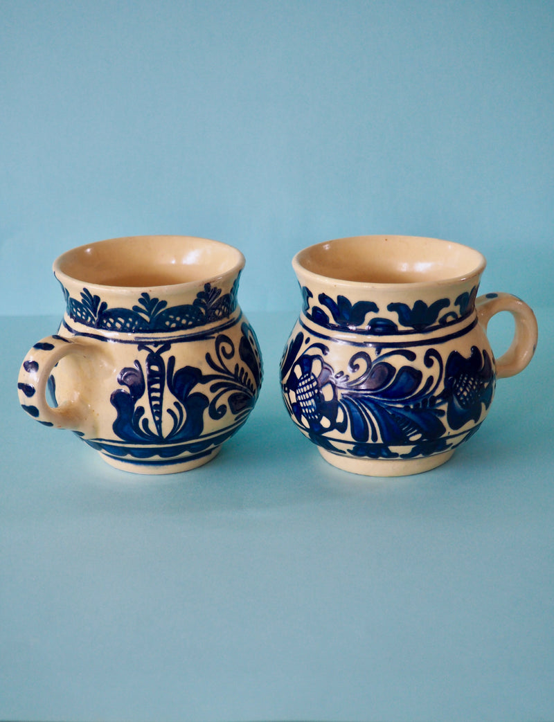 Blue Painted Mug Set