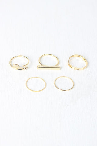 Delicate Arrow Bar Ring Set