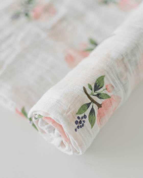 Watercolor Rose Swaddle Dot.Kidz