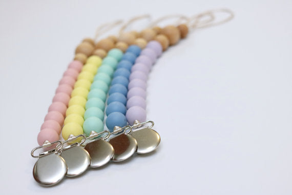 Lilac + Powder - Pacifier Clip - Silicone + Wood - DOT.KIDZ