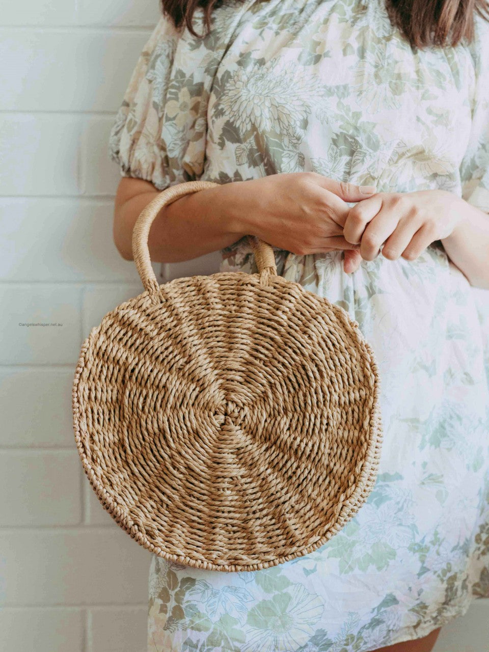 Maurie Round Straw Shoulder Bag