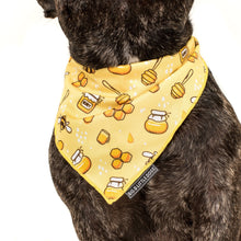 Dog Cooling Neckerchief Bandana Bee-Hiving Bees