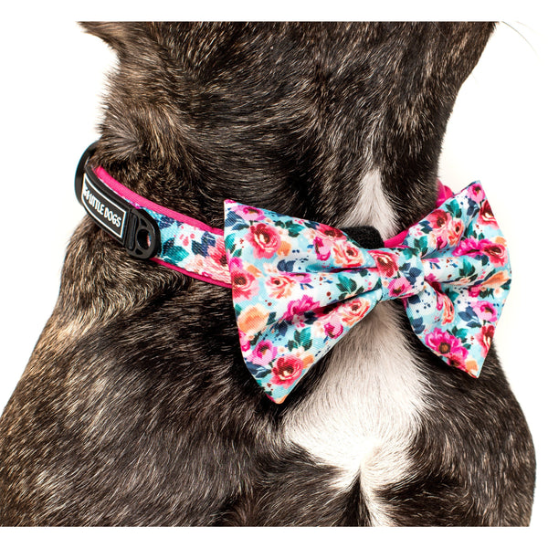 That Floral Feeling Flower Comfort Dog Collar with Detachable Bow Tie